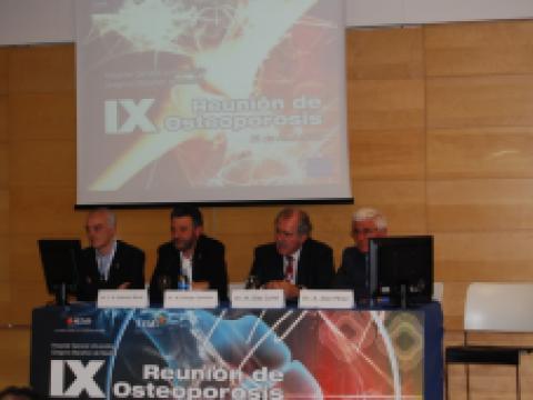 IX Reunión de Osteoporosis